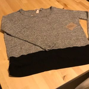 Forever 21 grey sweater NWT